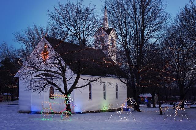 kostel o vánocích